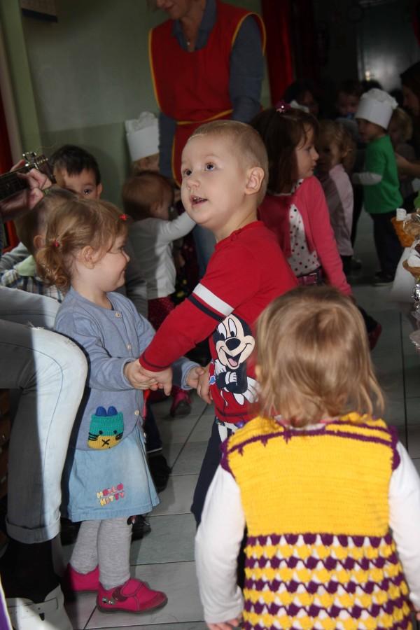 Dan-zahvalnosti-u-djećjem-vrtiću-Križevci-snimio-Marcel-Kovačić-002-e1445251956847