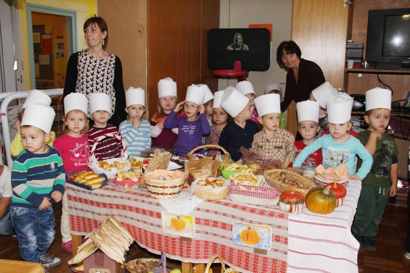 Dan-zahvalnosti-u-djećjem-vrtiću-Križevci-snimio-Marcel-Kovačić-012-e1445251797240