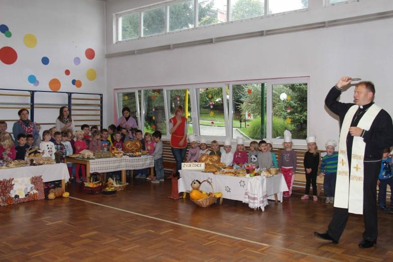 Dan-zahvalnosti-u-djećjem-vrtiću-Križevci-snimio-Marcel-Kovačić-068-e1445251389253